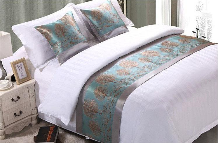 酒店床上一条长条布有什么用?(原来是酱紫!)