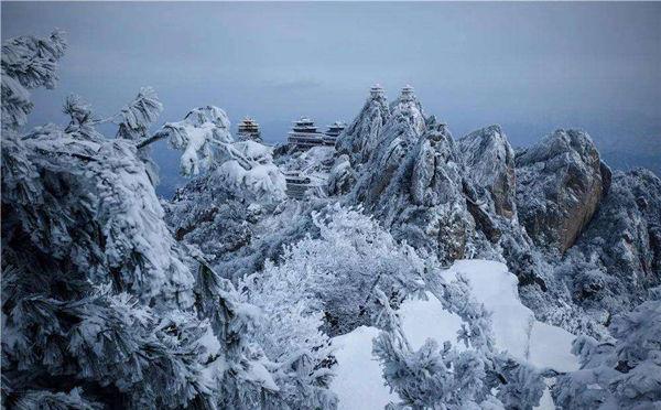 老君山爆红网络的美丽雪景