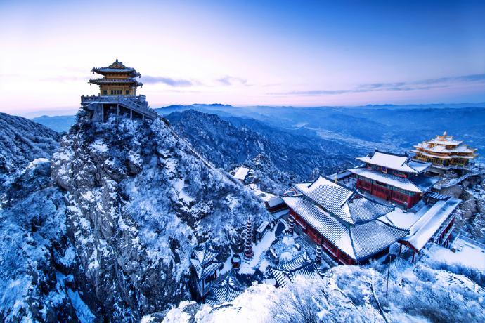 大美老君山的冬天雪景