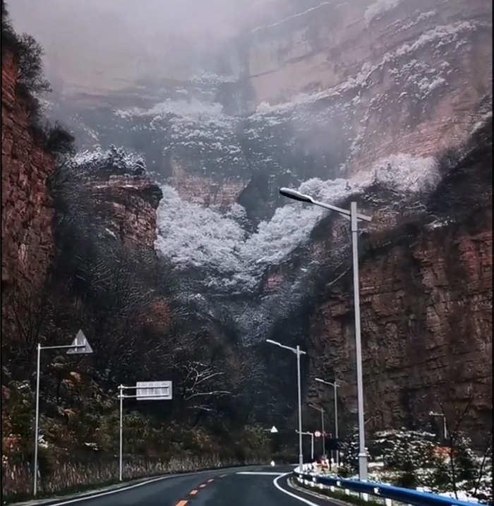 冬天的太行山 雾凇雪景美不胜收5