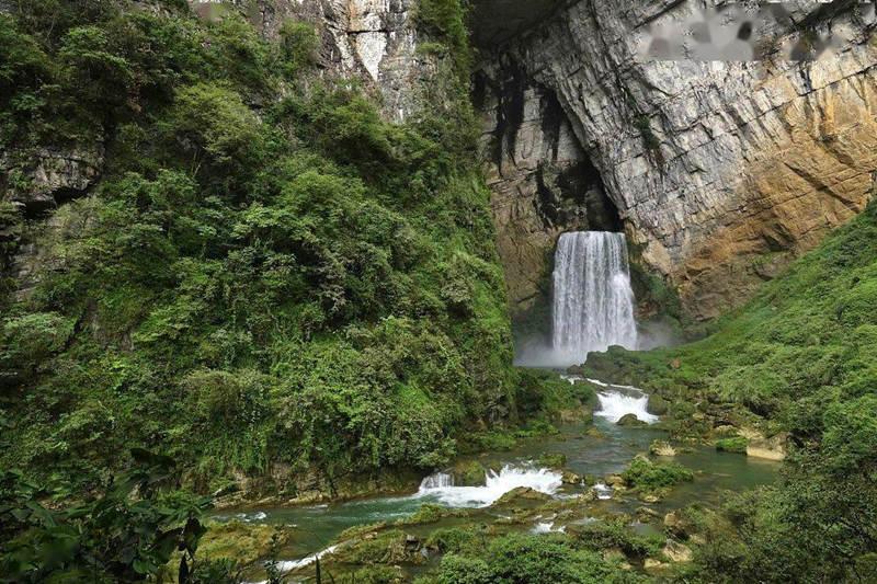 贵州洞中洞瀑布奇观--羊皮洞瀑布美景1