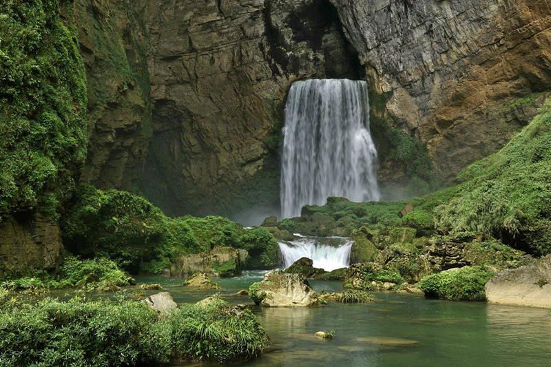 贵州洞中洞瀑布奇观--羊皮洞瀑布美景3