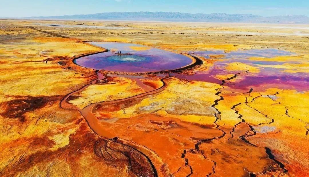 带你去看神奇的世界:青海阿拉尔草原深处的恶魔之眼艾肯泉3