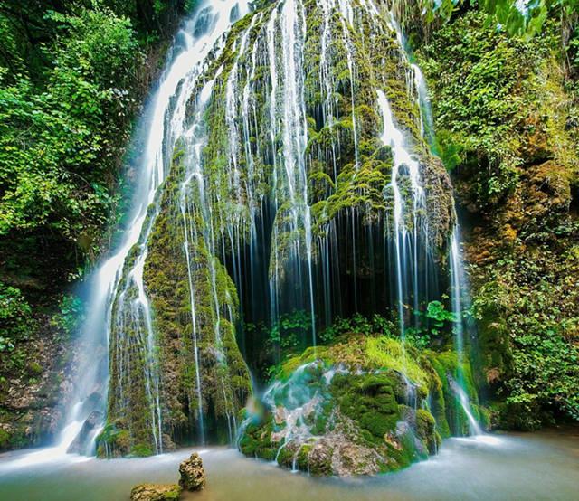带你去看微景观:重渡沟水帘仙宫洞口瀑布1
