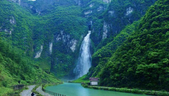带你去看美丽的风景:天下第一洞瀑--大龙洞瀑布1