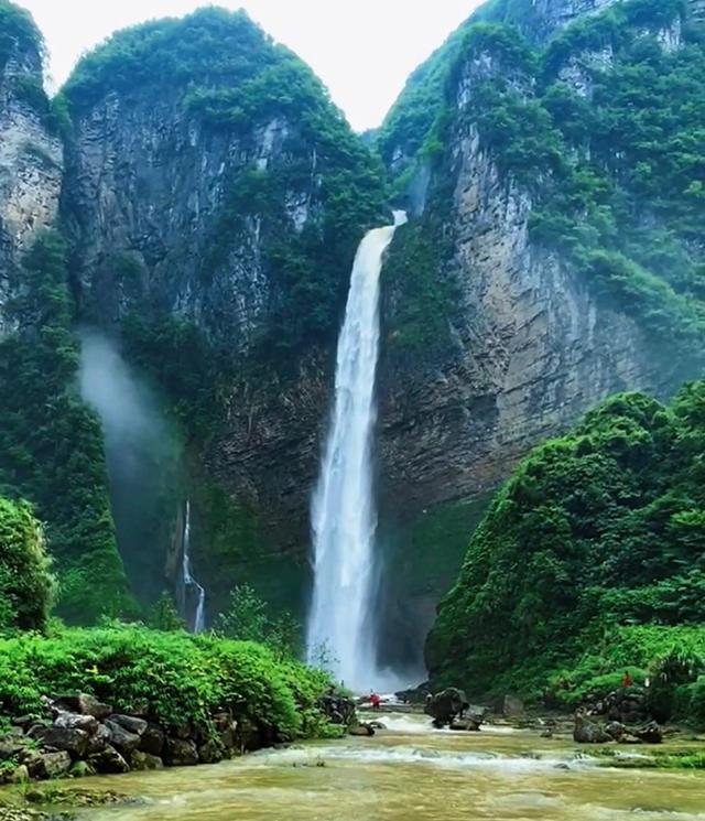 带你去看美丽的风景:人间仙境尖朵朵瀑布2