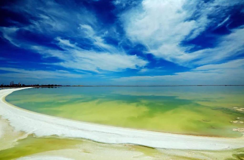 青海柴达木盆地10大旅游景点6:察尔汗盐湖
