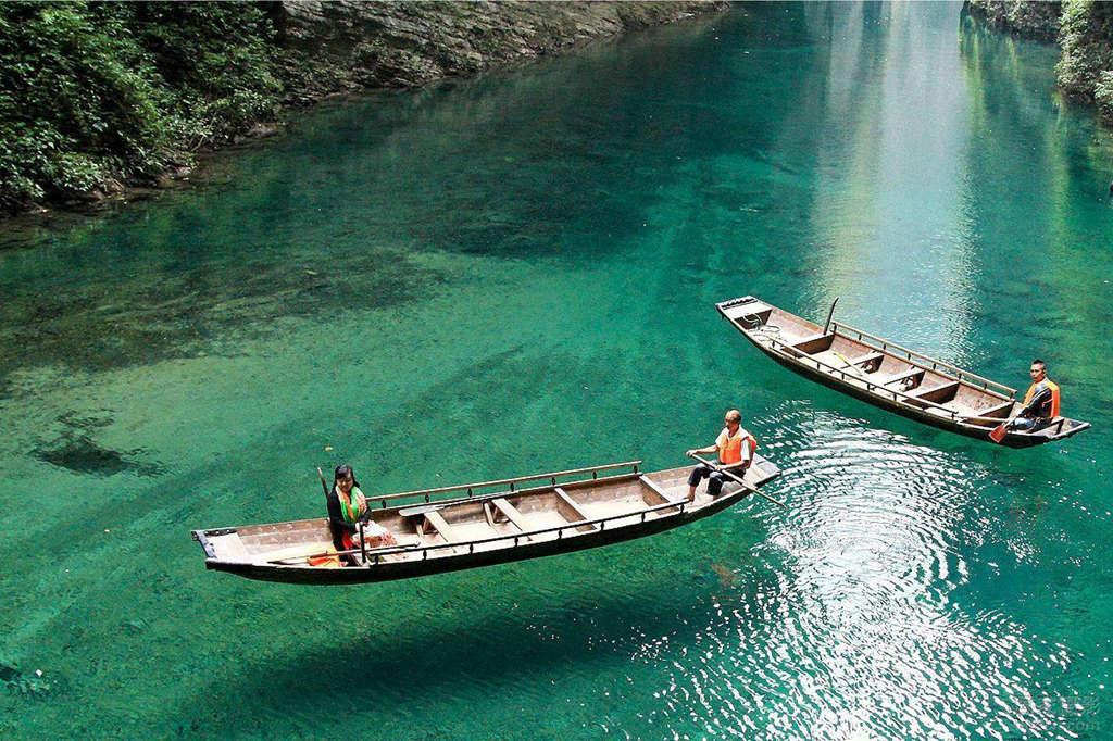 鹤峰屏山峡谷2