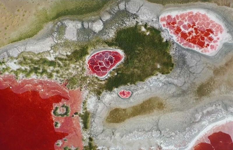 带你去看神奇的世界:地球的心脏--腾格里沙漠乌兰湖3