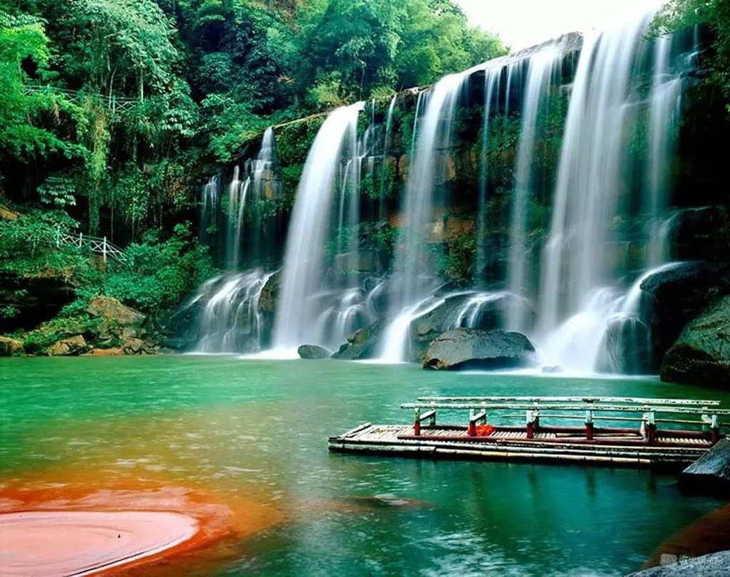 贵州5A级景区5:赤水大瀑布景区