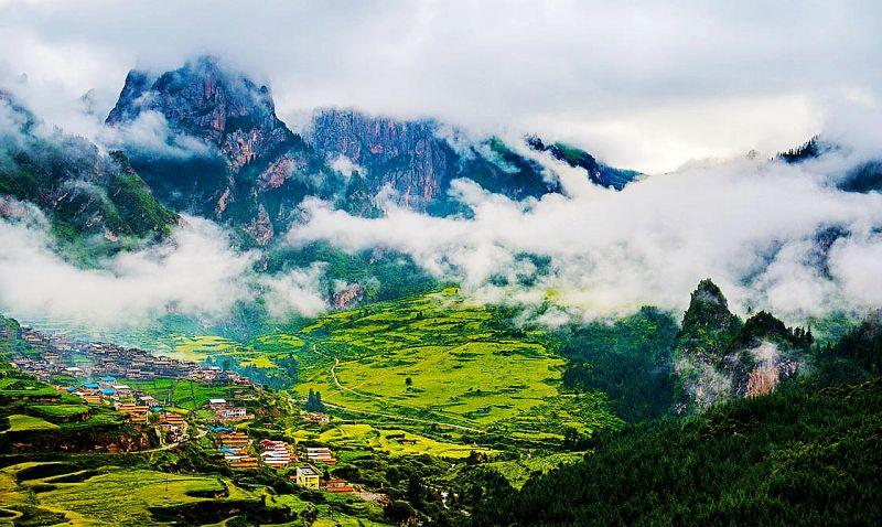 中国十大人间仙境5、甘南秘境,藏在大山深处的世外桃源--扎尕那