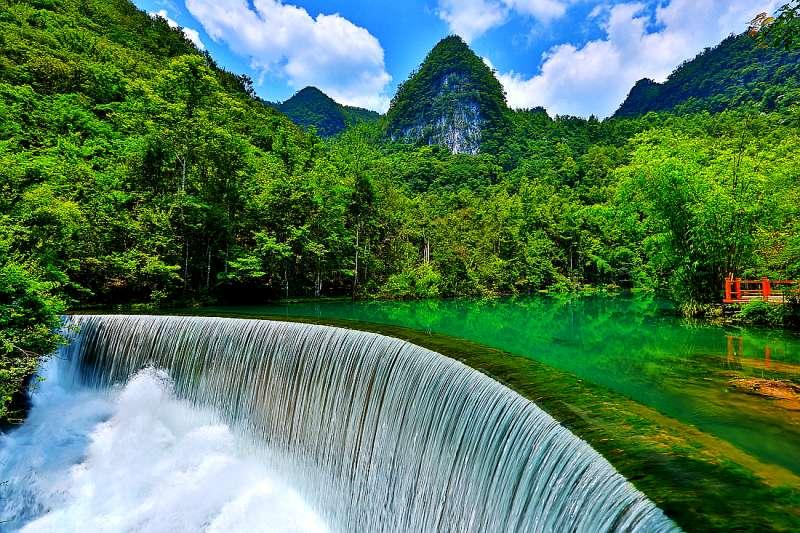 中国十大人间仙境6、养了眼,醉了心的青山绿水--荔波